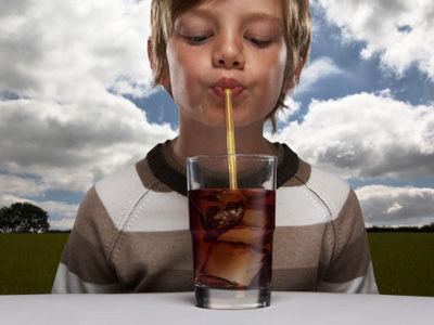 骨质疏松碳酸饮料是祸首 骨质疏松要注重食补