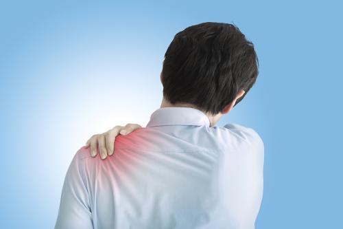 肩膀疼痛,一动咔咔咔,别总说是肩周炎!